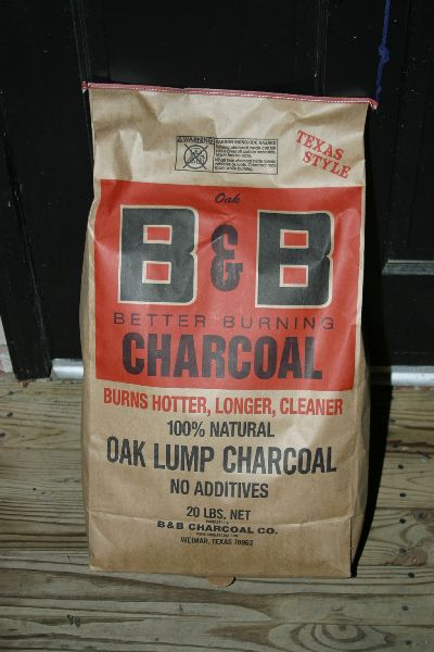 Review Of B Amp B Oak Lump Charcoal Naked Whiz Ceramic